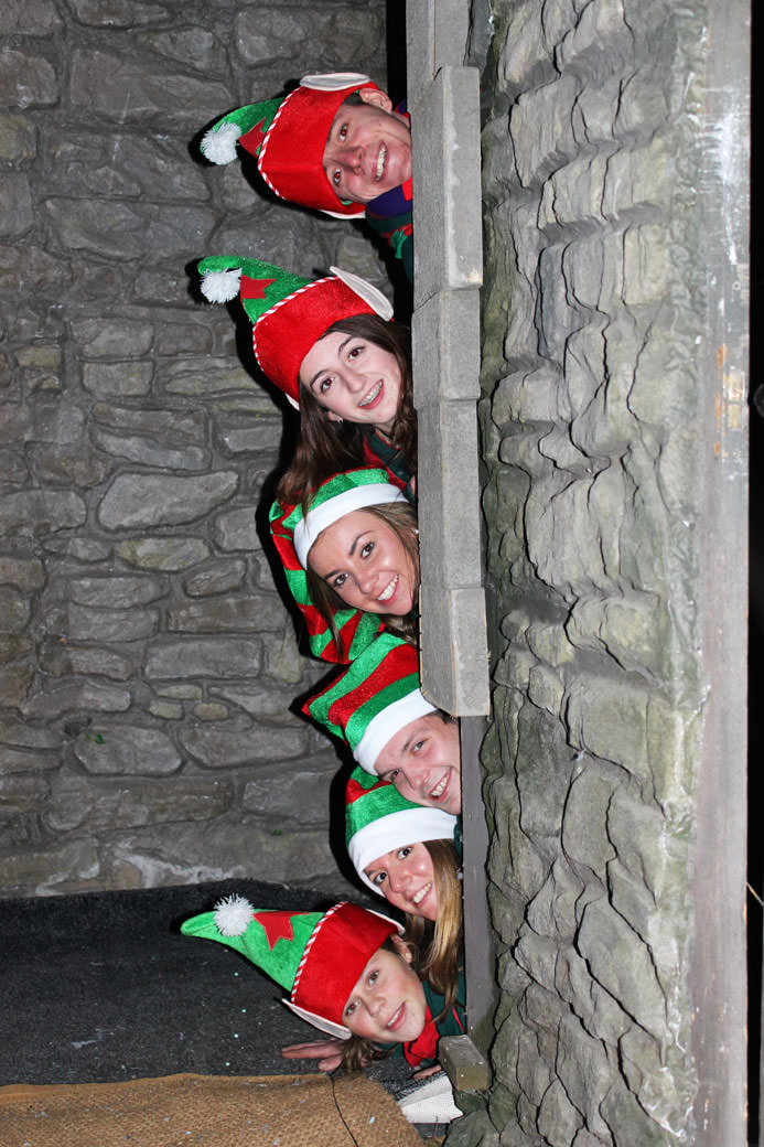 Elves-in-a-row