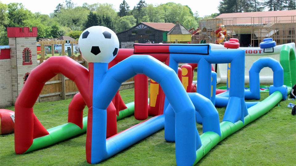 Outdoor-play-football-race-inflatables-image-1