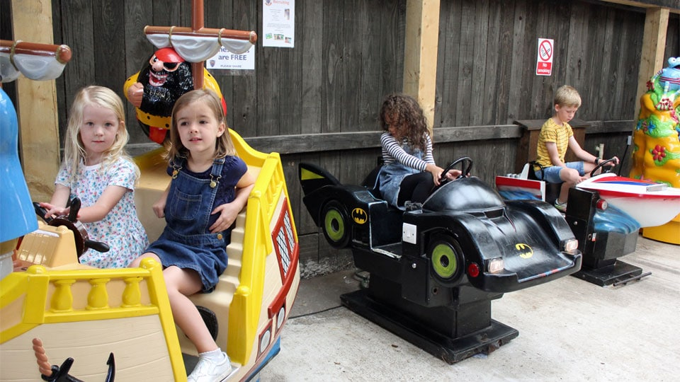 Outdoor-play-ride-the-batmobile-image-1